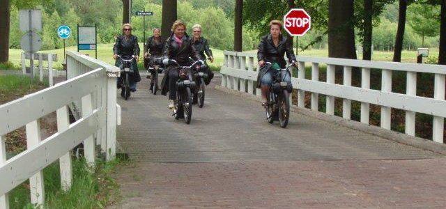 Grut Gaasterlân Arrangement geschikt voor scooter, solex en eend